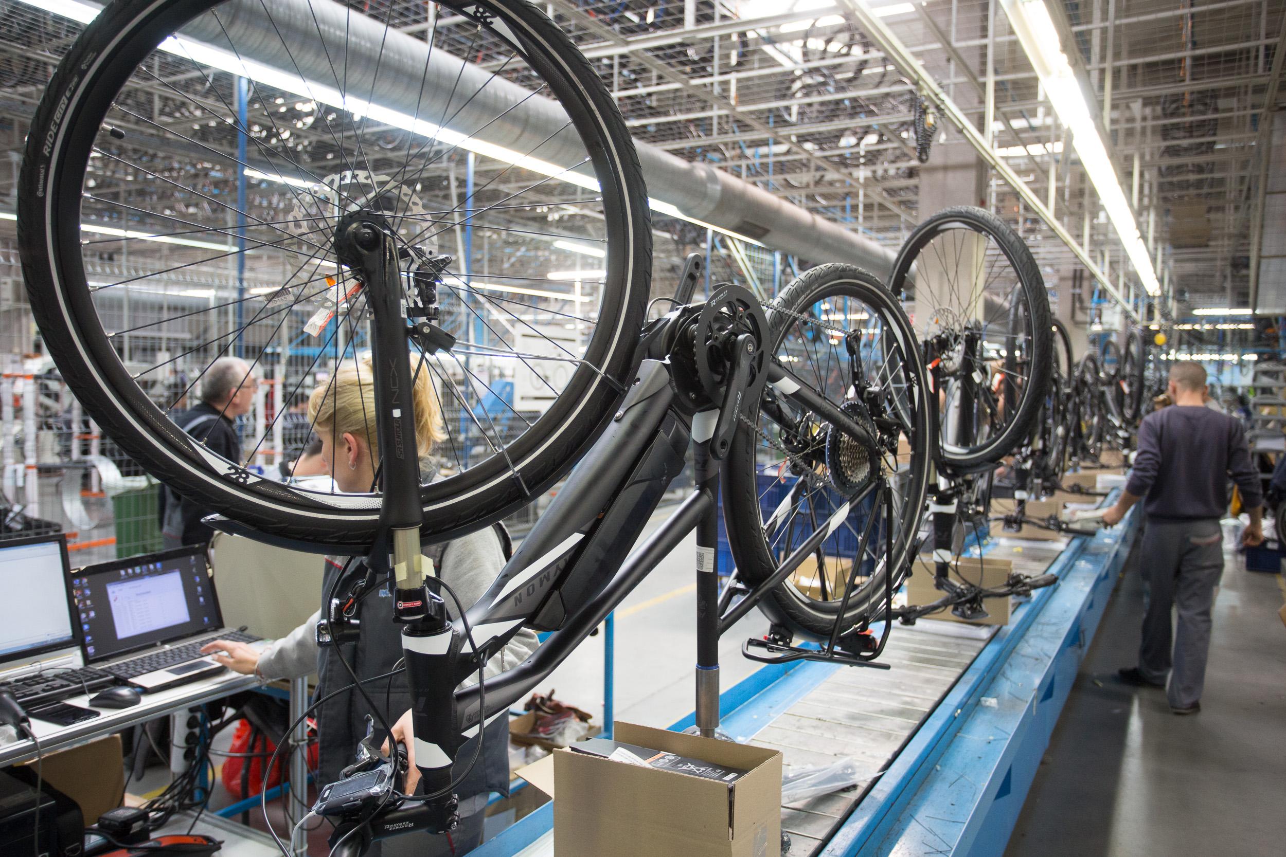 МАКСКОМ - Европейски производител на велосипеди